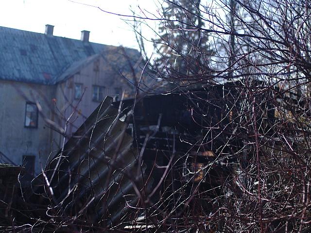 Pozar hospodarskych budov v perninku 033